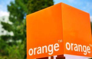 orange anuluje